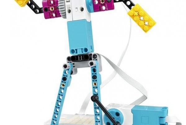 LEGO Education تحتفل بـ40 عاماً من إعادة تصور أساليب تعلّم الأطفال