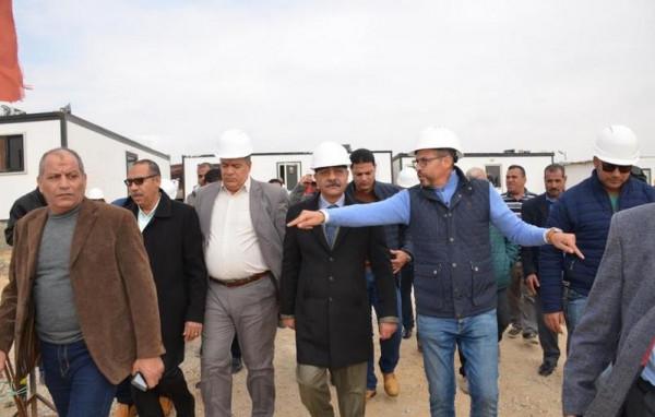 محافظ الاسماعيلية يتفقد مشروع مجمع الصوامع الجديد