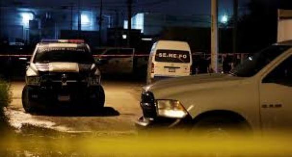العثور على عشر جثث متفحمة داخل شاحنة في المكسيك