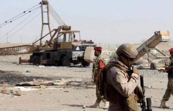 90 قتيلاً في هجوم حوثي على معسكر للجيش اليمني بمحافظة مأرب