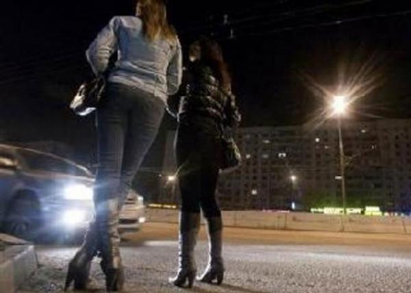 اعتقال 50 بائعة هوى في منطقة سياحية بتركيا