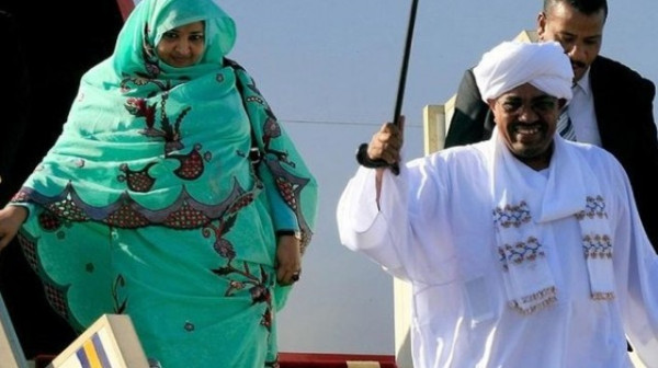 السودان: النيابة ترفض طلب الإفراج عن زوجة البشير