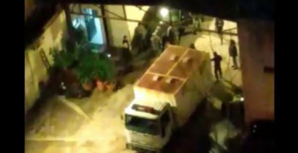 لبنان يُعقّب رسمياً على فيديو لتعرض محتجين موقوفين للضرب