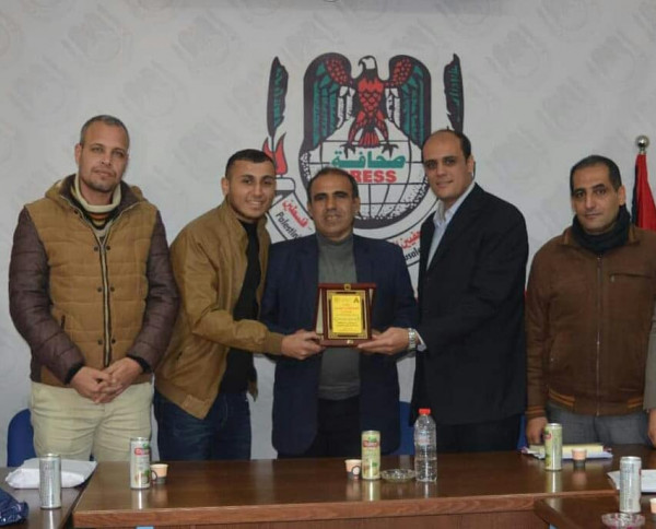 التجمع الإعلامي الديمقراطي يهنئ المكتب الحركي للصحفيين بذكرى انطلاقة الثورة الفلسطينية