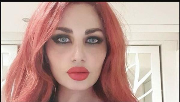 بشعر أحمر.. زوجة أحمد الفيشاوى بإطلالة ساحرة