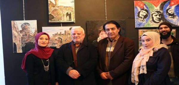 معرضٌ فنيٌّ وتراثيٌّ في مدينة صيدا بمشاركة سياسيّة لبنانية وفلسطينية