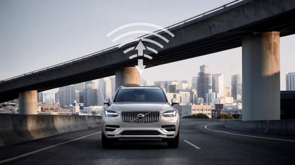 فولفو للسيارات تتعاون مع تشاينا يونيكوم لتطوير تكنولوجيا اتصالات الجيل الخامس