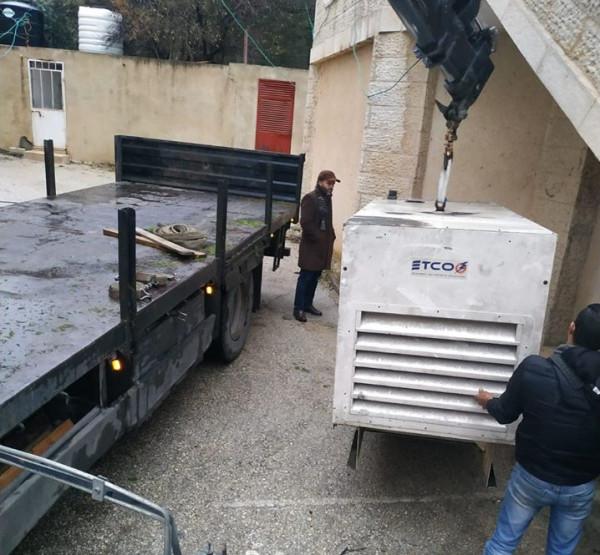 كهرباء القدس تُواصل تزويد عدد من المراكز الصحية بالمولدات الكهربائية برام الله