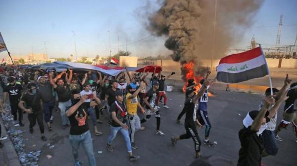 العراق: أربعة قتلى وإصابة نحو مئة في اشتباكات مع الأمن