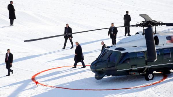 """ترامب يصل """"دافوس"""" قبل ساعات على بدء جلسات المحاكمة الرامية لعزله"""