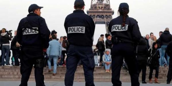 فرنسا: إيقاف مجموعة يُشتبه بنيّتها ارتكاب عمل إرهابي قبل السفر لسوريا والعراق