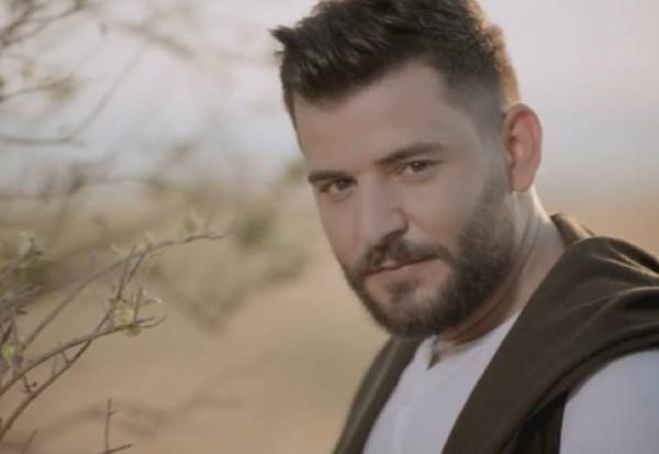 """فنان سوري يعلن عن حفلات غنائية بـ""""ليرة واحدة"""" تضامناً دعماً لـ""""الليرة السورية"""""""