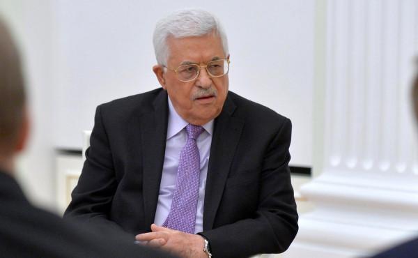 الرئيس عباس: كفاح العويوي مثل نموذجاً للشاب للفلسطيني الصامد الصابر
