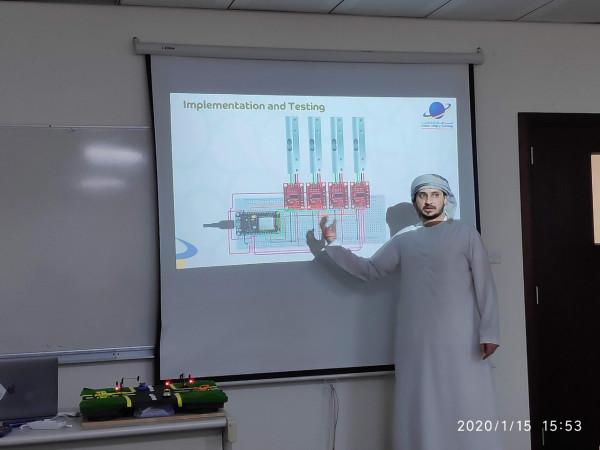 طلبة كلية الإمارات للتكنولوجيا يبتكرون نموذجاً للحدّ من الازدحام المروري بالذكاء الاصطناعي