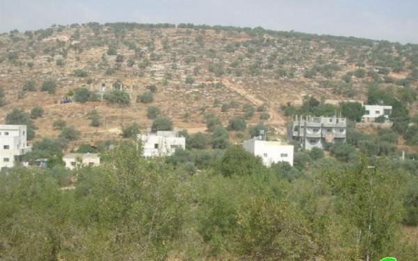 الاحتلال يخطر بوقف البناء في سبعة منازل ومجلس قروي جنوب الخليل