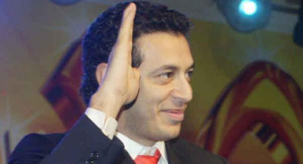 """مصطفى شعبان يرد على الهجوم بعد إعادته لفيلم عادل إمام """"حتى لا يطير الدخان"""""""