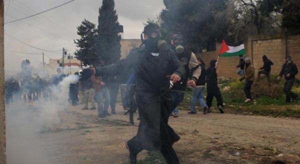 إصابة ثلاثة مواطنين بينهم ناشط إسرائيلي في مسيرة كفر قدوم الأسبوعية