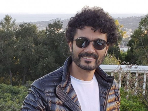أول صورة لـ خالد النبوي بعد الوعكة الصحية