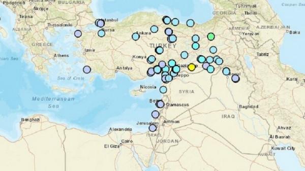 شاهد: زلزال بقوة سبع درجات يضرب تركيا ودولاً عربية