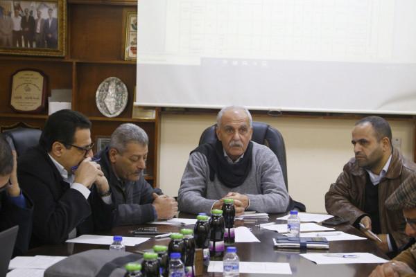 بلدية قلقيلية تعقد اجتماعاً لمناقشة تحديث الخطة التنموية للمدينة