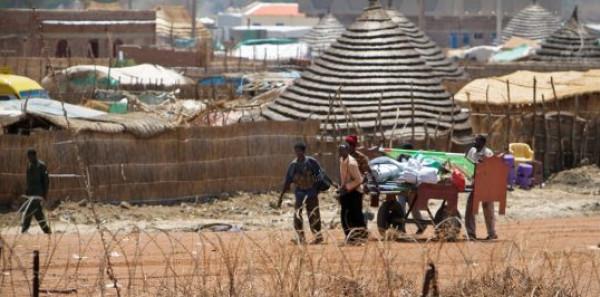 """السودان وجارتها الجنوبية تعلنان عن """"خارطة"""" لحل الأزمة في """"أبيي"""""""