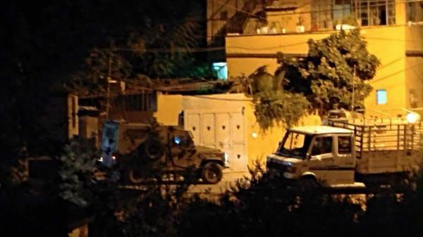 قوات الاحتلال تنصب حواجز عسكرية وتكثف انتشارها في جنين