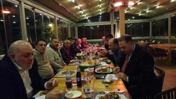 الهباش يكرم مخاتير ورجال إصلاح محافظة خانيونس