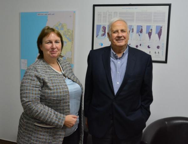 ناصر: الإجراء المتبع بالانتخابات السابقة كان التصويت بمكاتب البريد الإسرائيلية
