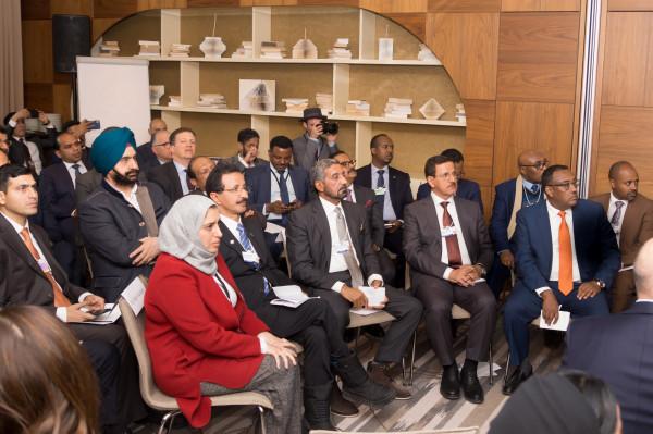وزير الاقتصاد: الجواز اللوجستي مثال عن تميز النموذج الإماراتي بدعم التجارة الدولية