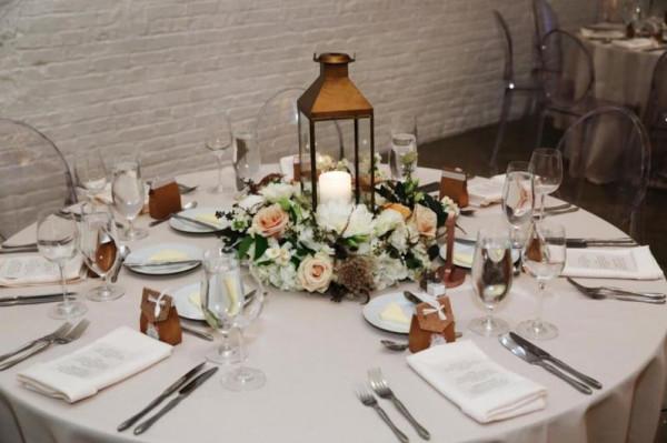 أفكار رائعة للسنتر بيس لطاولات الزفاف