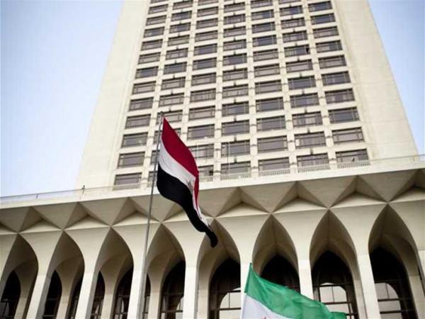 الخارجية العراقية تستنكر الاعتداء على السفارة الأمريكية في بغداد