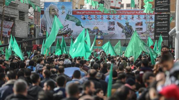 أول تعليق من حماس على إعلان ترامب بشأن (صفقة القرن)