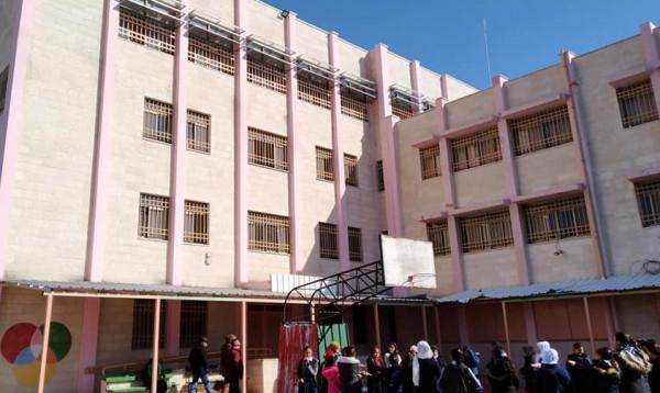 """""""التربية"""" تتسلم مشروع بناء قاعة في مدرسة بنات رياض الأقصى بالقدس"""