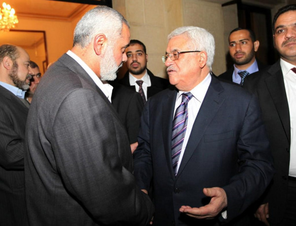 تفاصيل ما جاء في اتصال هنية بالرئيس عباس