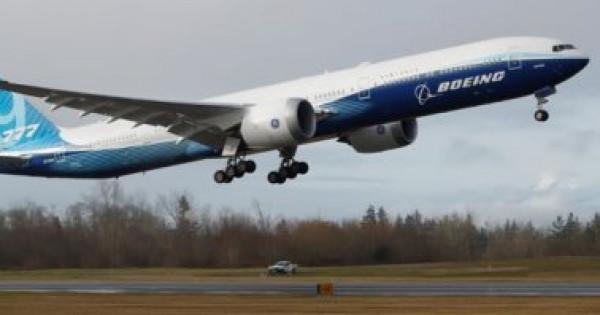 """""""بوينج 777 إكس"""" تكمل أول رحلة لها بنجاح"""