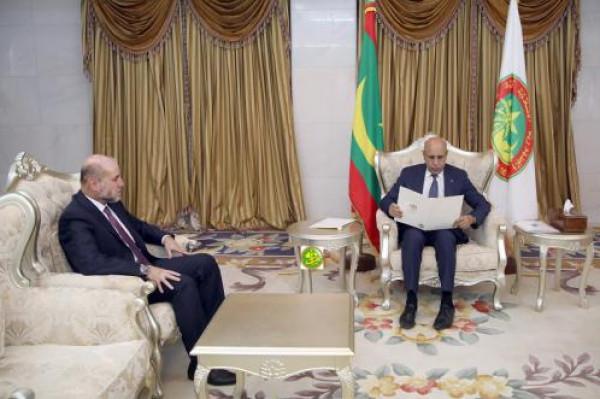 الهباش يسلم الرئيس الموريتاني رسالة من الرئيس عباس