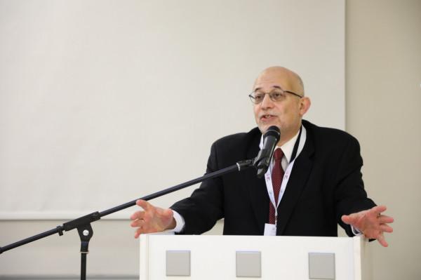 العريان: بعد خدعة أوسلو كان هناك تهميش كبير للفلسطينيين في الخارج