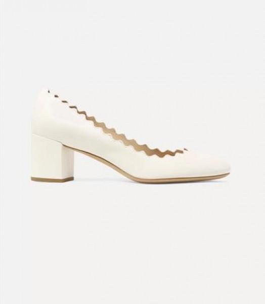ان كنتِ من عشاق البساطة.. اختاري أحذية الزفاف الكلاسيكية