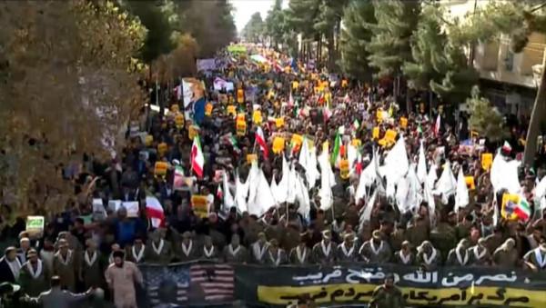 إيران تحيي الذكرى الـ41 للثورة الإسلامية