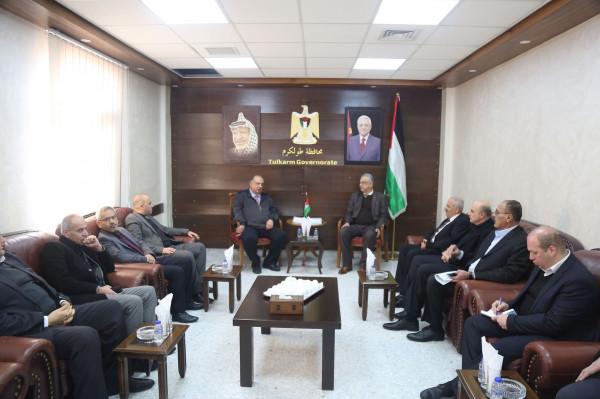 محافظ طولكرم يلتقي وزير التعليم العالي والبحث العلمي