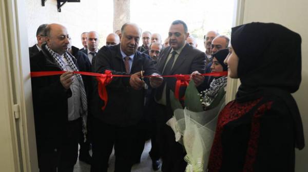 """الوزير """"أبو مويس"""" يفتتح مكتباً لوزارة التعليم العالي في خضوري"""