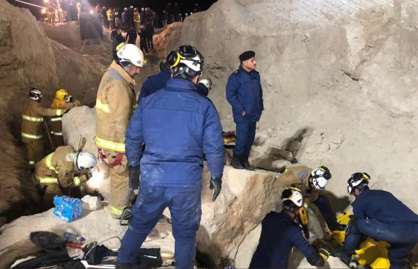الكويت تعلن الحصيلة النهائية لحادث انهيار الجدار الرملي
