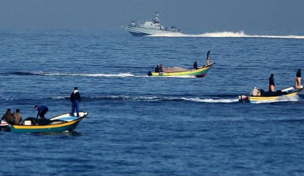 الاحتلال يُعيد توسيع مساحة الصيد 15 ميلاً بدءاً من صباح الغد