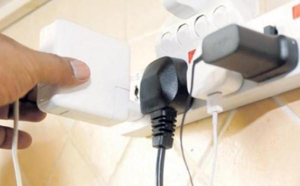 سبعة أشياء تستهلك الكهرباء حتى وإن كانت مغلقة
