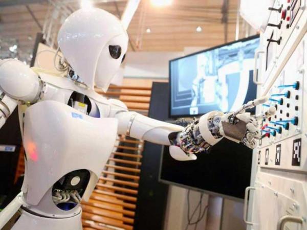 """20 مليون وظيفة في خطر بسبب ا""""لروبوتات"""""""