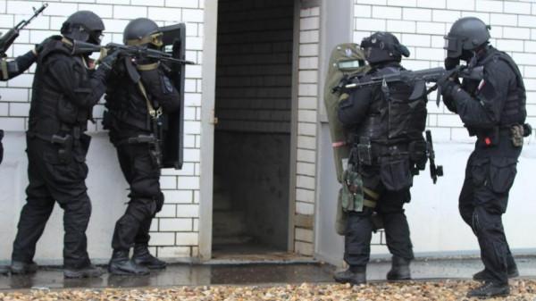 """شاهد: روسيا تعتقل عضو في خلية تمويل لـ""""تنظيم الدولة"""""""