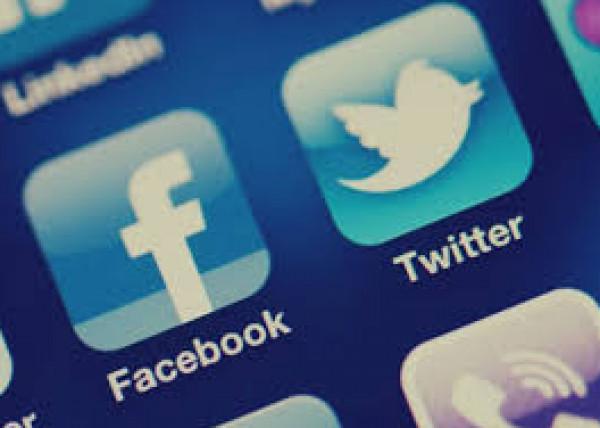 """تغريم """"تويتر"""" و""""فيسبوك"""" لعدم نقل بيانات مستخدميها بهذه الدولة"""