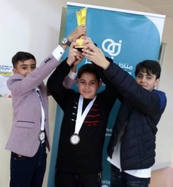التربية تشيد بحصول المدرسة الفلسطينية في قطر على المركز الأول بمسابقة للمناظرات