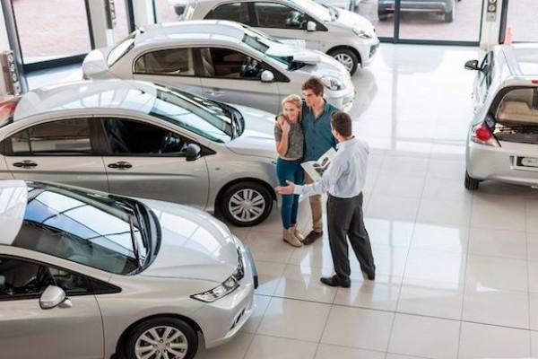 وفر مالك عند شراء سيارة جديدة أو مستعملة بهذه الطرق