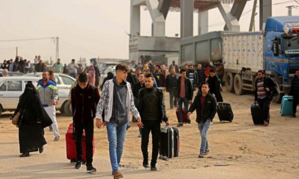طالع: أسماء المسافرين عبر (معبر رفح) ليوم غدٍ الثلاثاء